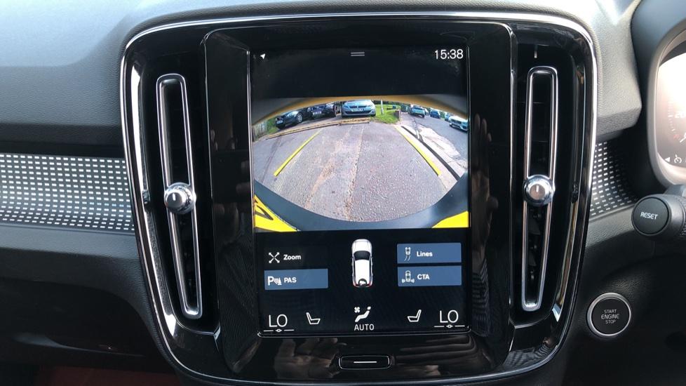 Volvo XC40 T5 AWD R Design Nav Auto with BLIS, Heated Screen, Keyless Entry, Rear Camera, Lava Carpets image 6