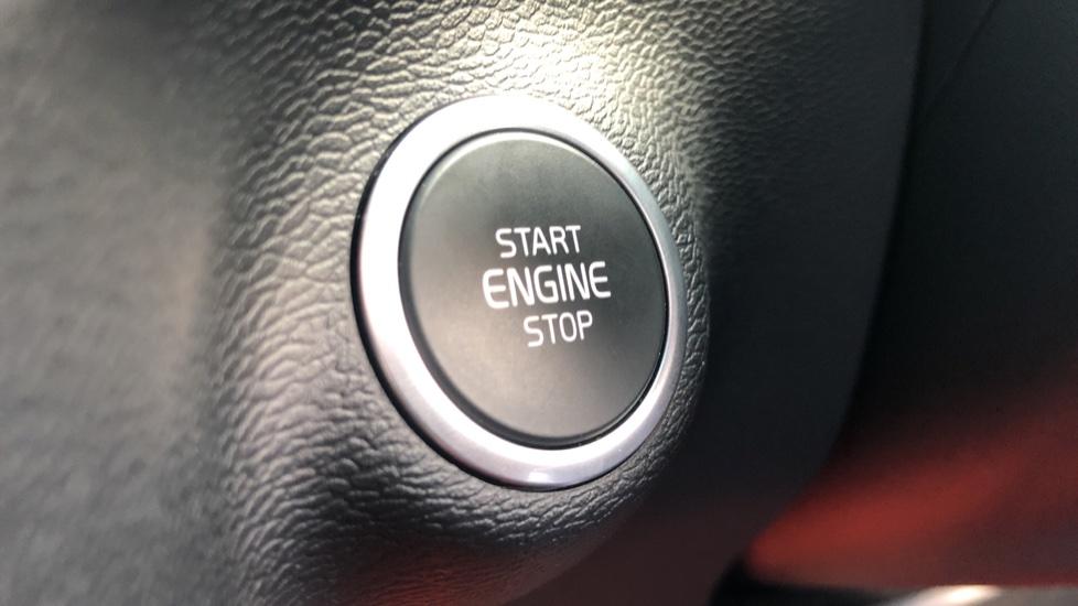 Volvo XC40 T5 AWD R Design Nav Auto with BLIS, Heated Screen, Keyless Entry, Rear Camera, Lava Carpets image 16