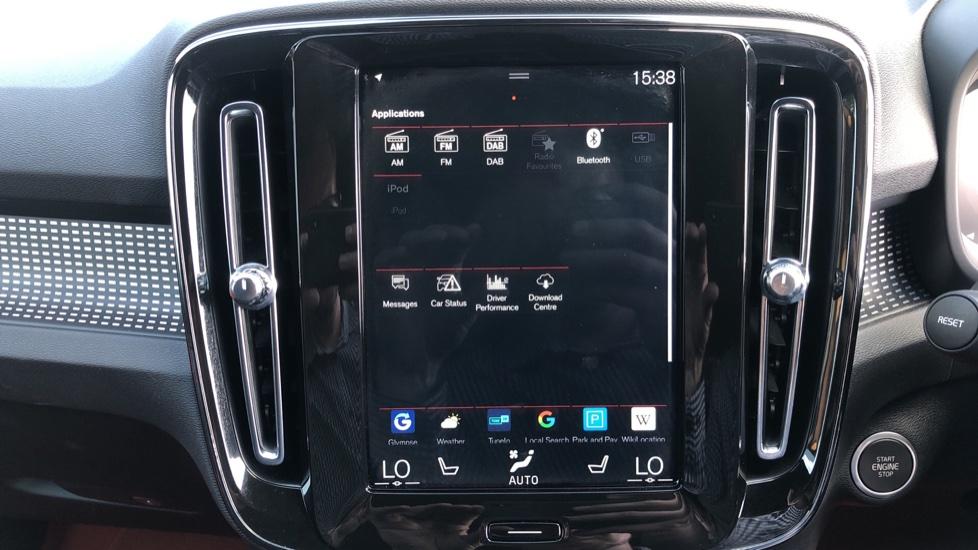 Volvo XC40 T5 AWD R Design Nav Auto with BLIS, Heated Screen, Keyless Entry, Rear Camera, Lava Carpets image 22