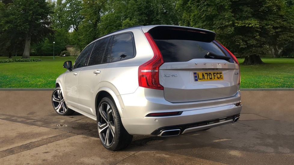 Volvo XC90 B5P Mild Hybrid R Design Pro AWD Auto, Lounge, Climate & Driver Assist Packs, Sunroof, B & W image 4