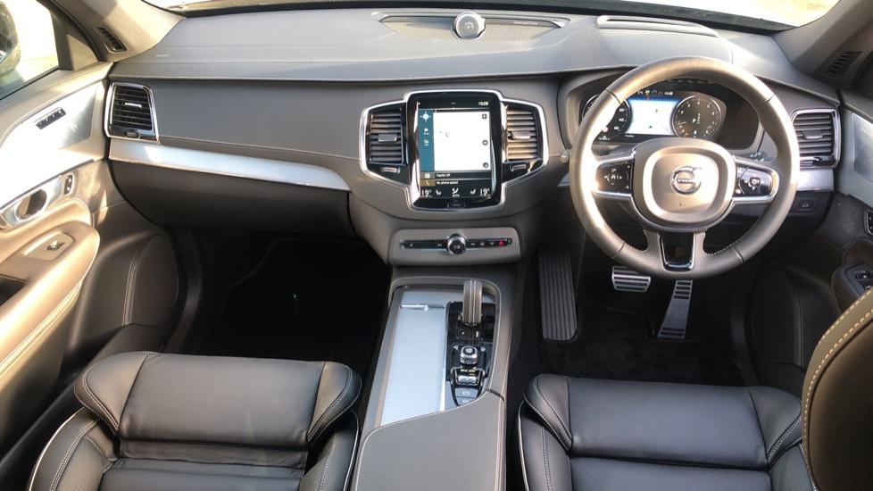 Volvo XC90 B5P Mild Hybrid R Design Pro AWD Auto, Lounge, Climate & Driver Assist Packs, Sunroof, B & W image 13