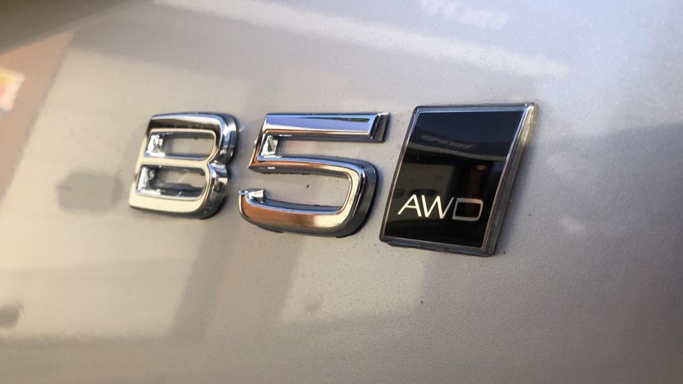 Volvo XC90 B5P Mild Hybrid R Design Pro AWD Auto, Lounge, Climate & Driver Assist Packs, Sunroof, B & W image 42