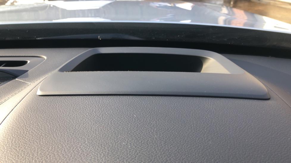 Volvo XC90 B5P Mild Hybrid R Design Pro AWD Auto, Lounge, Climate & Driver Assist Packs, Sunroof, B & W image 11