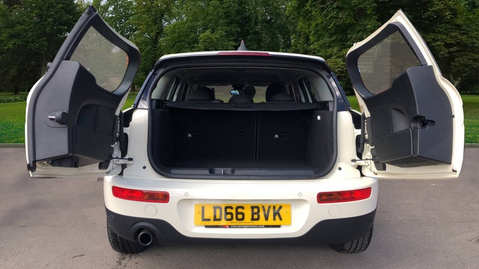 Mini Clubman 1.5 Cooper 6dr Auto, Nav, Rear Park Sensors, DAB Radio, Bluetooth, Air Conditioning,  image 8