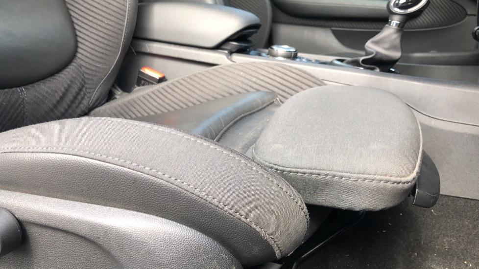 Mini Clubman 1.5 Cooper 6dr Auto, Nav, Rear Park Sensors, DAB Radio, Bluetooth, Air Conditioning,  image 39