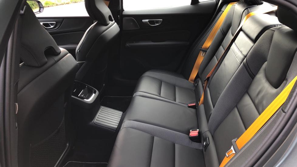 Volvo S60 T8 Hybrid Polestar Engineered AWD Auto, Intellisafe Pro, B&W Audio, Pan Roof, 360 Camera & Tow Bar image 23