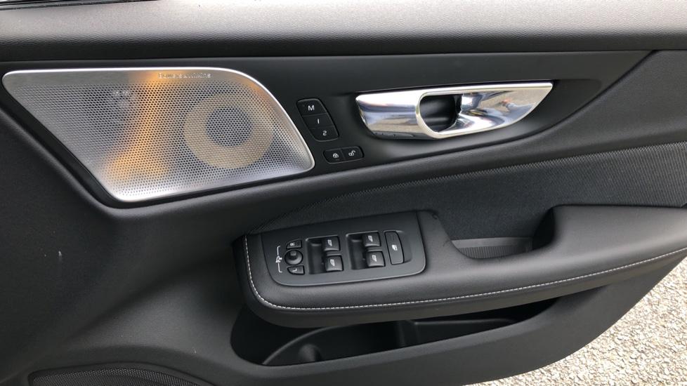 Volvo S60 T8 Hybrid Polestar Engineered AWD Auto, Intellisafe Pro, B&W Audio, Pan Roof, 360 Camera & Tow Bar image 39