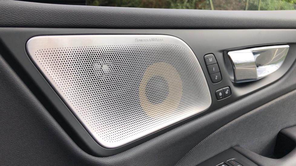 Volvo S60 T8 Hybrid Polestar Engineered AWD Auto, Intellisafe Pro, B&W Audio, Pan Roof, 360 Camera & Tow Bar image 36