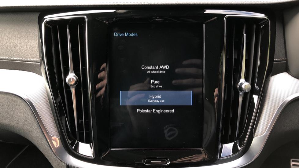 Volvo S60 T8 Hybrid Polestar Engineered AWD Auto, Intellisafe Pro, B&W Audio, Pan Roof, 360 Camera & Tow Bar image 37