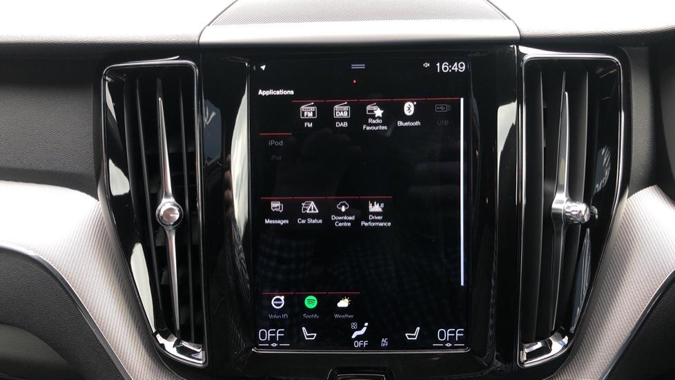 Volvo XC60 B4D Mild Hybrid R Design Nav  AWD Auto, Rear Camera, Parks Sensors, DAB Radio, Cruise Control image 20