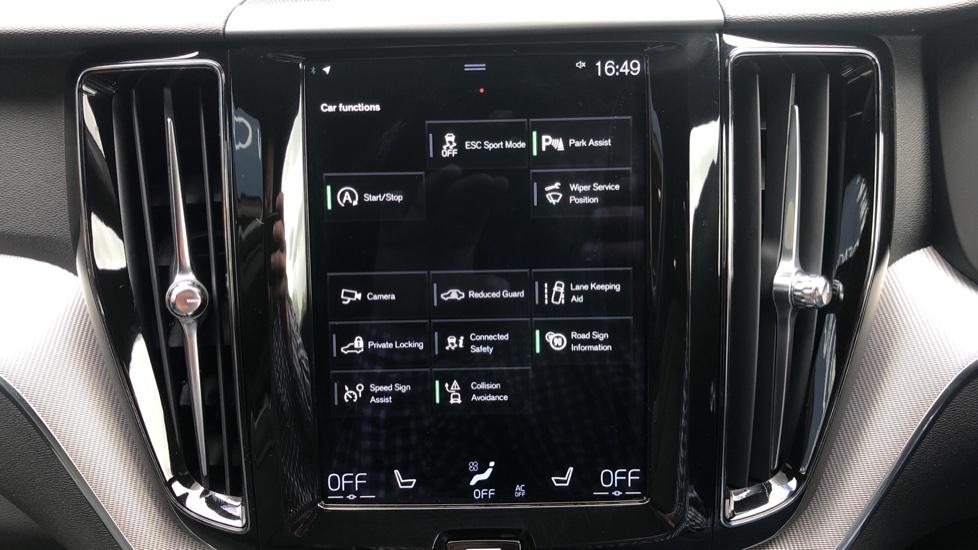 Volvo XC60 B4D Mild Hybrid R Design Nav  AWD Auto, Rear Camera, Parks Sensors, DAB Radio, Cruise Control image 21