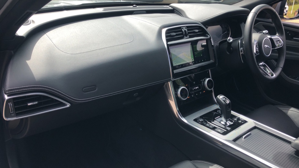 Jaguar XE 2.0 R-Dynamic S Auto, Nav, Heated & Electric Sports Seats, Parking Sensors, Cruise Control image 3