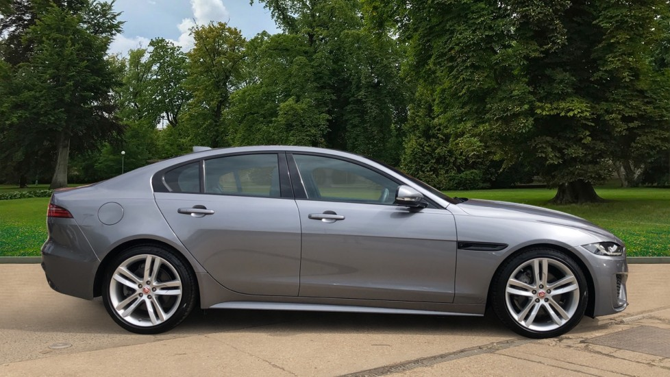 Jaguar XE 2.0 R-Dynamic S Auto, Nav, Heated & Electric Sports Seats, Parking Sensors, Cruise Control image 4