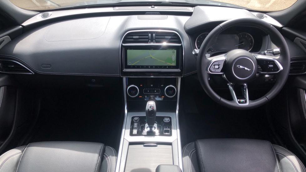 Jaguar XE 2.0 R-Dynamic S Auto, Nav, Heated & Electric Sports Seats, Parking Sensors, Cruise Control image 6