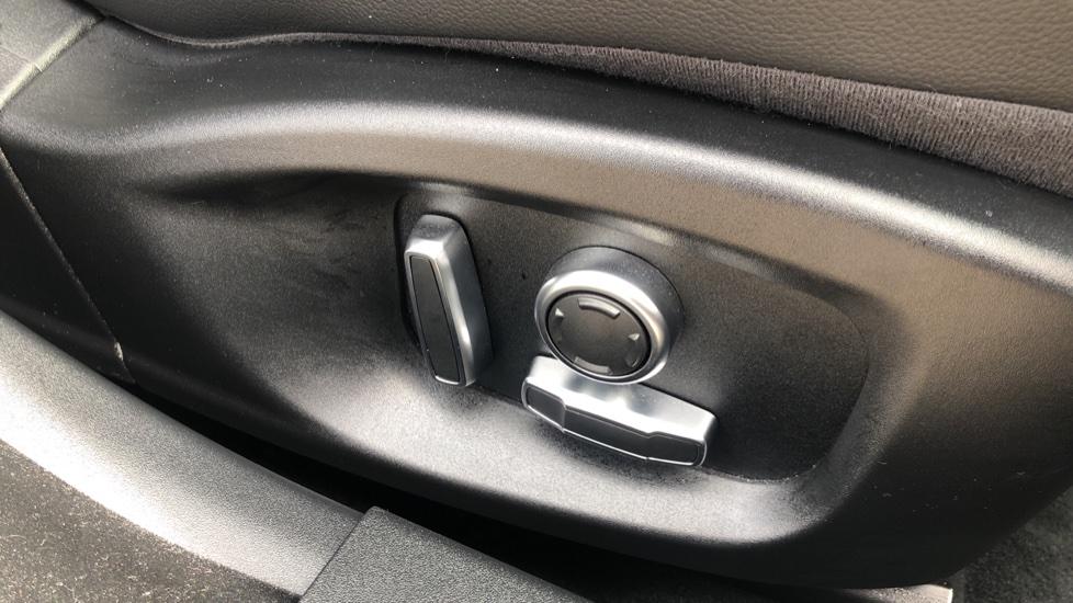 Jaguar XE 2.0 R-Dynamic S Auto, Nav, Heated & Electric Sports Seats, Parking Sensors, Cruise Control image 14