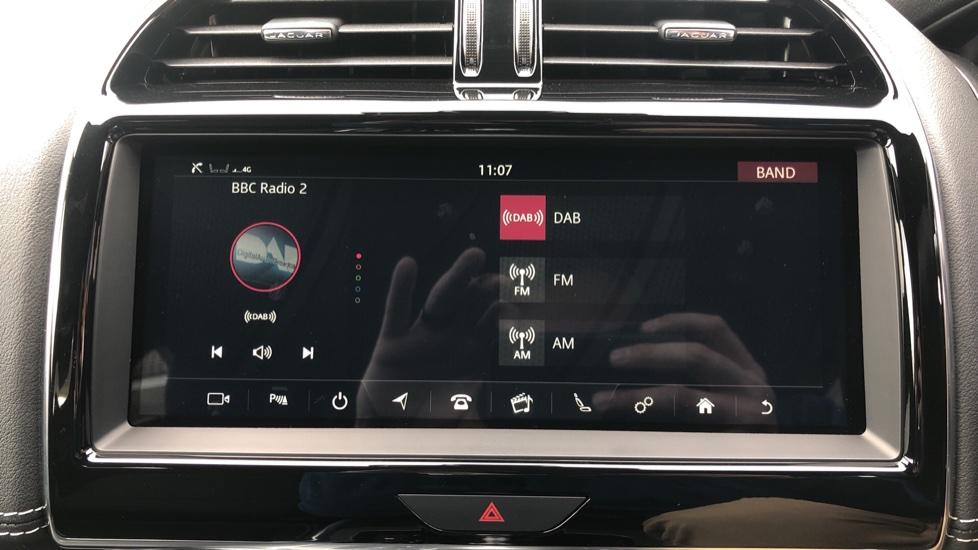 Jaguar XE 2.0 R-Dynamic S Auto, Nav, Heated & Electric Sports Seats, Parking Sensors, Cruise Control image 33