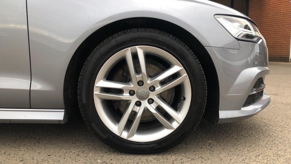 Audi A6 2.0 TDI Ultra S Line Auto, Navigation, Front & Rear Sensors, IPod, Bluetooth Phone & Audio image 31