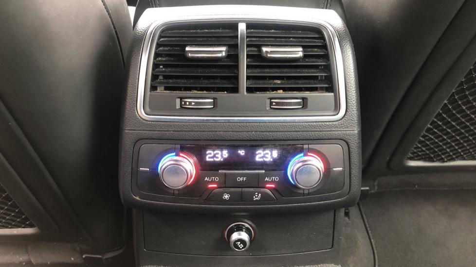 Audi A6 2.0 TDI Ultra S Line Auto, Navigation, Front & Rear Sensors, IPod, Bluetooth Phone & Audio image 26