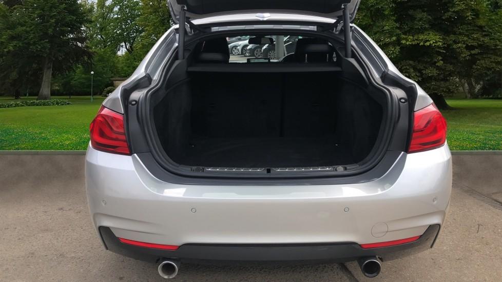 BMW 4 Series 440i Gran Coupe M Sport Auto, 5dr Hatch, Nav, Sports Seats, Park Sensors, Heated Seats image 4
