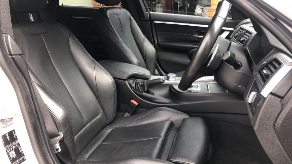 BMW 4 Series 440i Gran Coupe M Sport Auto, 5dr Hatch, Nav, Sports Seats, Park Sensors, Heated Seats image 17