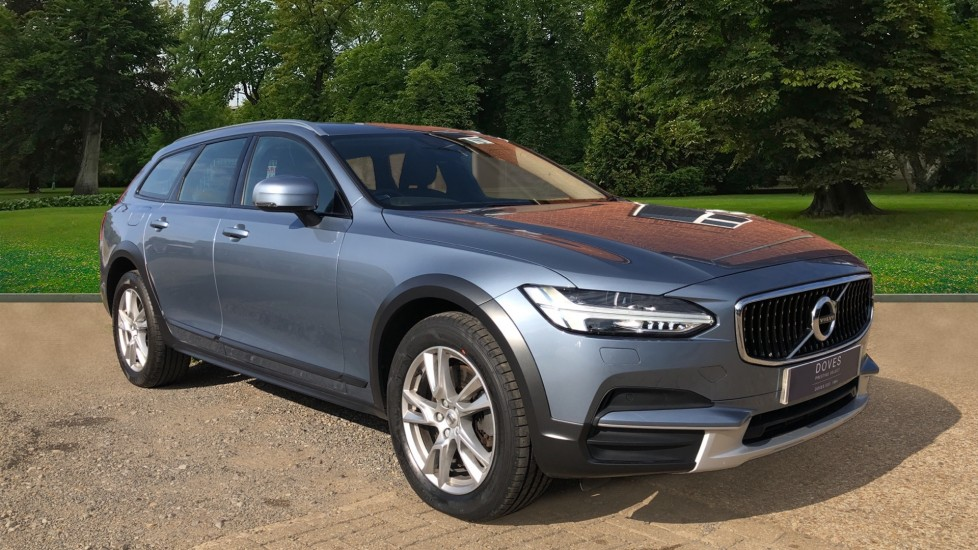 Volvo V90 D4 Cross Country Pro AWD Auto, F+R Sensors, Electric Driver Seat, Adaptive Cruise Control 2.0 Diesel Automatic 5 door 4x4 (2018)