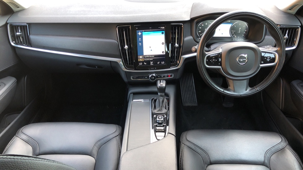Volvo V90 D4 Cross Country Pro AWD Auto, F+R Sensors, Electric Driver Seat, Adaptive Cruise Control image 7