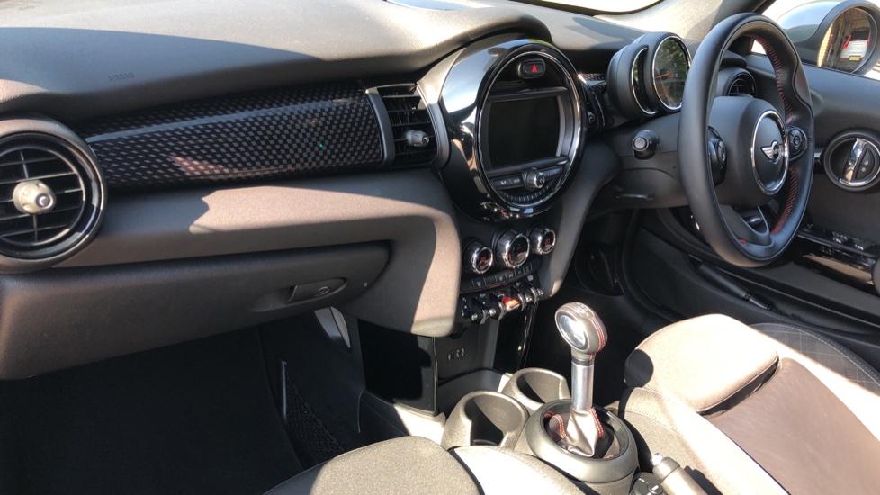 Mini Cooper S Convertible 2.0 189hp Cooper S Convertible Auto with Nav, Rear Camera, Chili Pack, Park Sensors & Bluetooth image 5