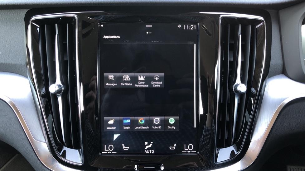 Volvo V60 D4 Cross Country Plus AWD Auto, Nav, Heated Seats, Electric Drivers Seat, F & R Sensors, DAB image 19