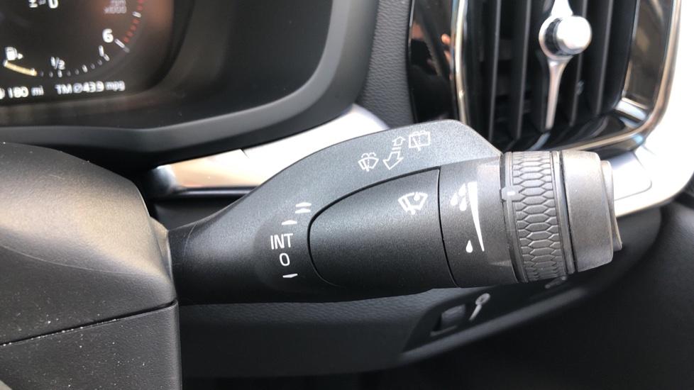 Volvo V60 D4 Cross Country Plus AWD Auto, Nav, Heated Seats, Electric Drivers Seat, F & R Sensors, DAB image 17