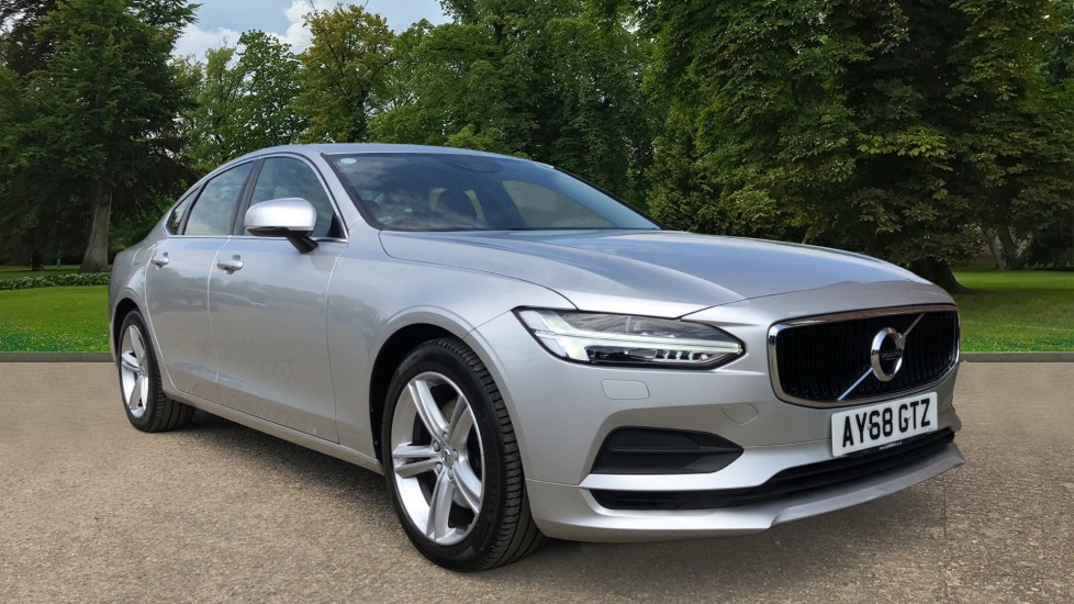 Volvo S90 D4 Momentum Nav Auto with Rear Cam, Adaptive Cruise Control, Lane Keeping Aid & Keyless Drive 2.0 Diesel Automatic 4 door Saloon (2018)