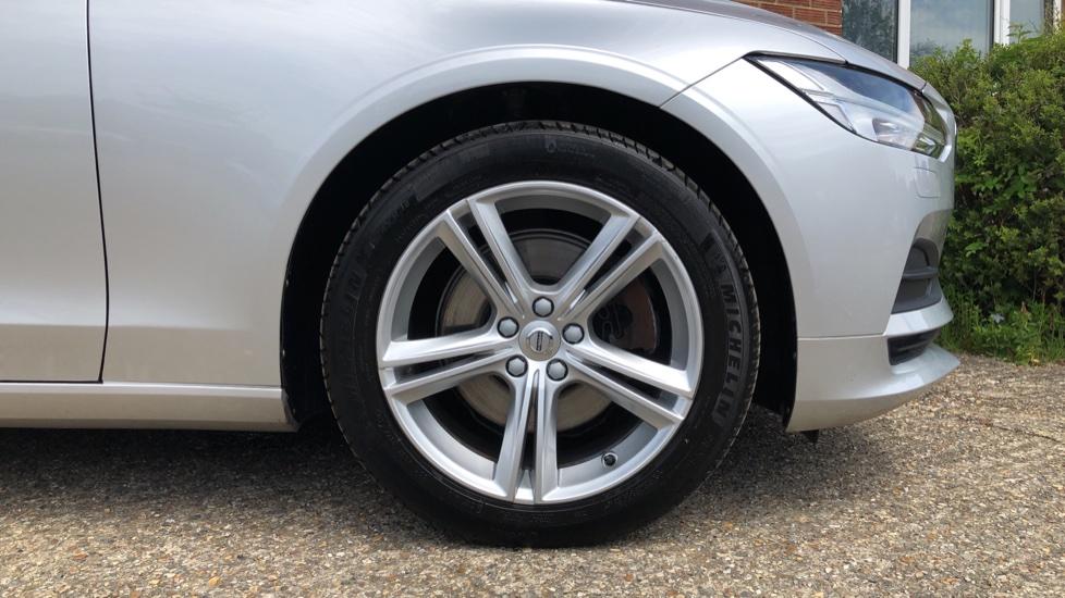Volvo S90 D4 Momentum Nav Auto with Rear Cam, Adaptive Cruise Control, Lane Keeping Aid & Keyless Drive image 25