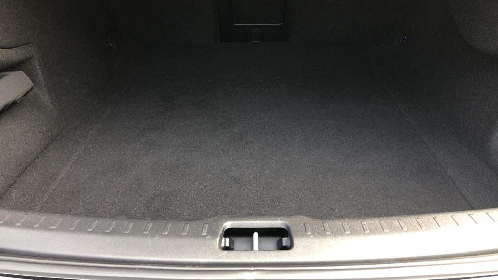 Volvo S90 D4 Momentum Nav Auto with Rear Cam, Adaptive Cruise Control, Lane Keeping Aid & Keyless Drive image 30