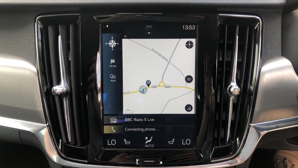 Volvo S90 D4 Momentum Nav Auto with Rear Cam, Adaptive Cruise Control, Lane Keeping Aid & Keyless Drive image 5