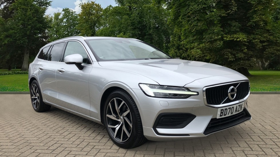 Volvo V60 D3 Momentum Plus Auto, Adaptive Cruise, BLIS, Heated Screen & Steering Wheel, Parking Sensors 2.0 Diesel Automatic 5 door Estate (2020)