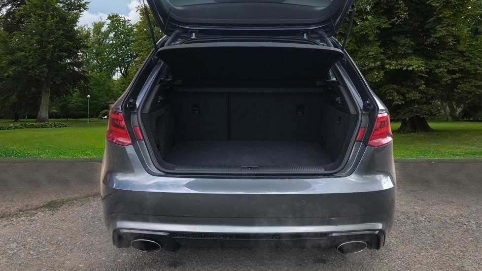 Audi RS3 2.5 TFSI RS 3 Quattro S 7 Speed Auto, 362bhp, Nav, Bang & Olufsen, Rear Sensors, Heated Seats image 4