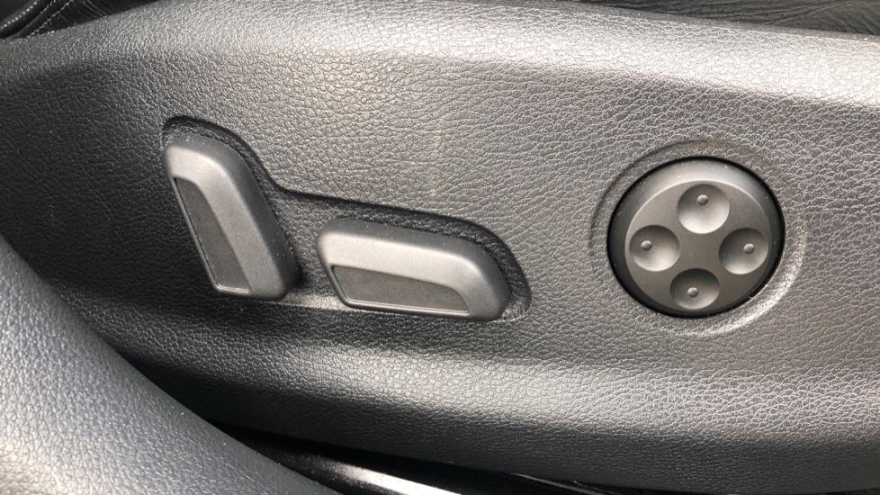 Audi RS3 2.5 TFSI RS 3 Quattro S 7 Speed Auto, 362bhp, Nav, Bang & Olufsen, Rear Sensors, Heated Seats image 16
