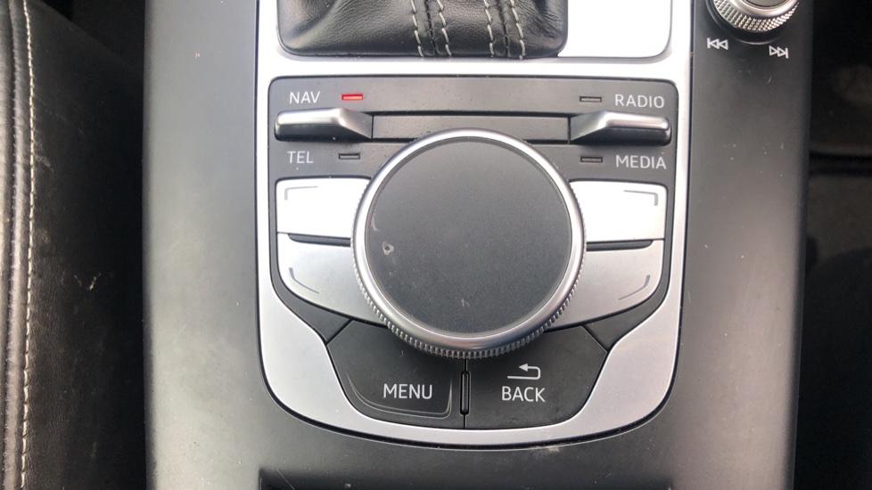 Audi RS3 2.5 TFSI RS 3 Quattro S 7 Speed Auto, 362bhp, Nav, Bang & Olufsen, Rear Sensors, Heated Seats image 14