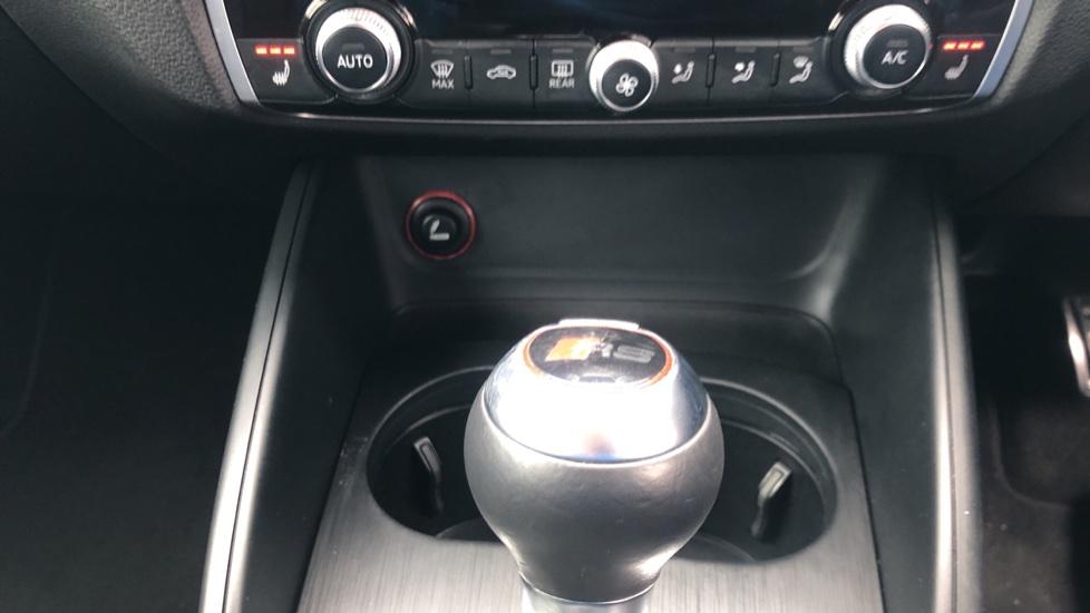 Audi RS3 2.5 TFSI RS 3 Quattro S 7 Speed Auto, 362bhp, Nav, Bang & Olufsen, Rear Sensors, Heated Seats image 15