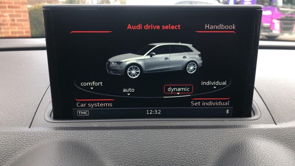 Audi RS3 2.5 TFSI RS 3 Quattro S 7 Speed Auto, 362bhp, Nav, Bang & Olufsen, Rear Sensors, Heated Seats image 31