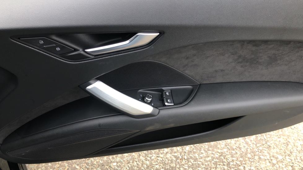 Audi TT Coupe 40 TFSI S Line 2dr Auto, Heated Seats, Virtual Drivers Cockpit, Nav, Wireless Phone Charging image 17