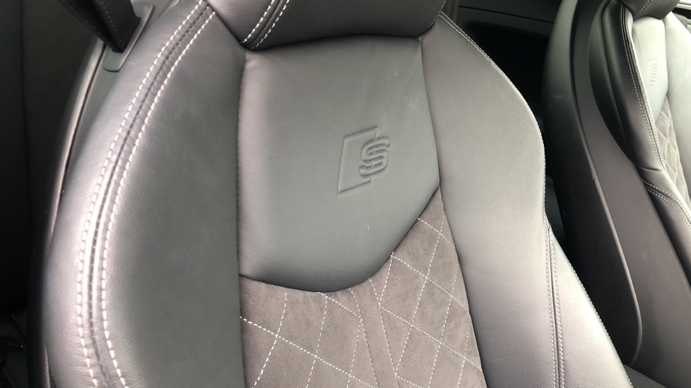 Audi TT Coupe 40 TFSI S Line 2dr Auto, Heated Seats, Virtual Drivers Cockpit, Nav, Wireless Phone Charging image 19