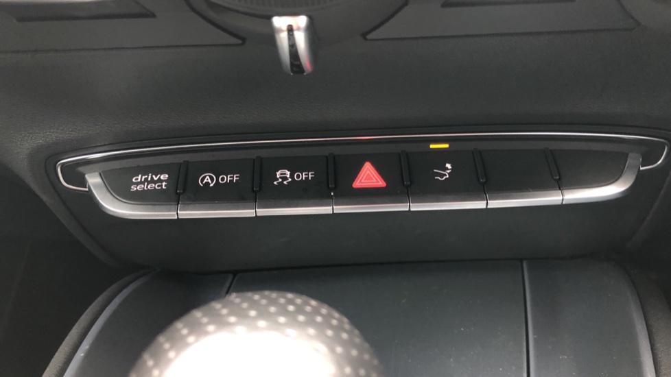 Audi TT Coupe 40 TFSI S Line 2dr Auto, Heated Seats, Virtual Drivers Cockpit, Nav, Wireless Phone Charging image 26
