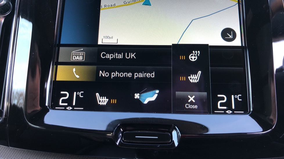 Volvo XC60 B5P Mild Hybrid R Design Pro Auto, Lounge Pack, Sunroof, 360 Camera, Wireless Phone Charging image 31
