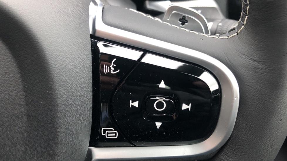 Volvo S60 T5 R Design Plus Auto, Xenium, Winter & Convenience Packs, Adaptive Cruise, Sunroof, HK Audio image 20