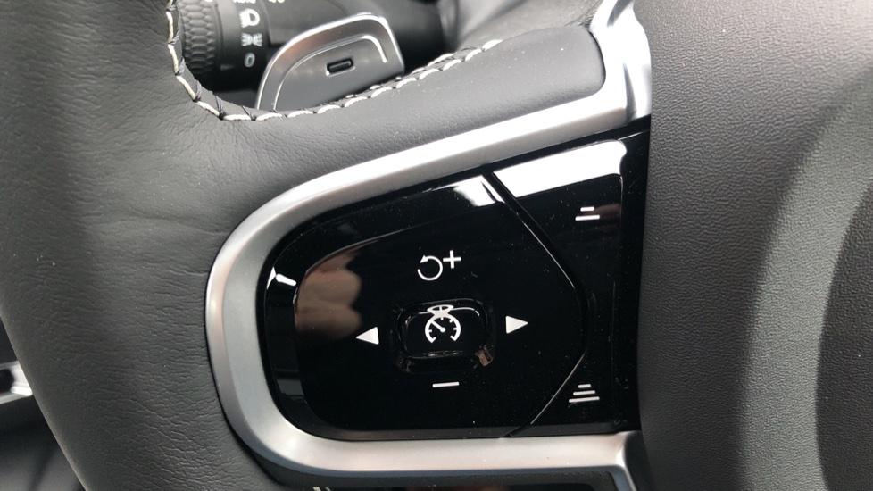 Volvo S60 T5 R Design Plus Auto, Xenium, Winter & Convenience Packs, Adaptive Cruise, Sunroof, HK Audio image 19