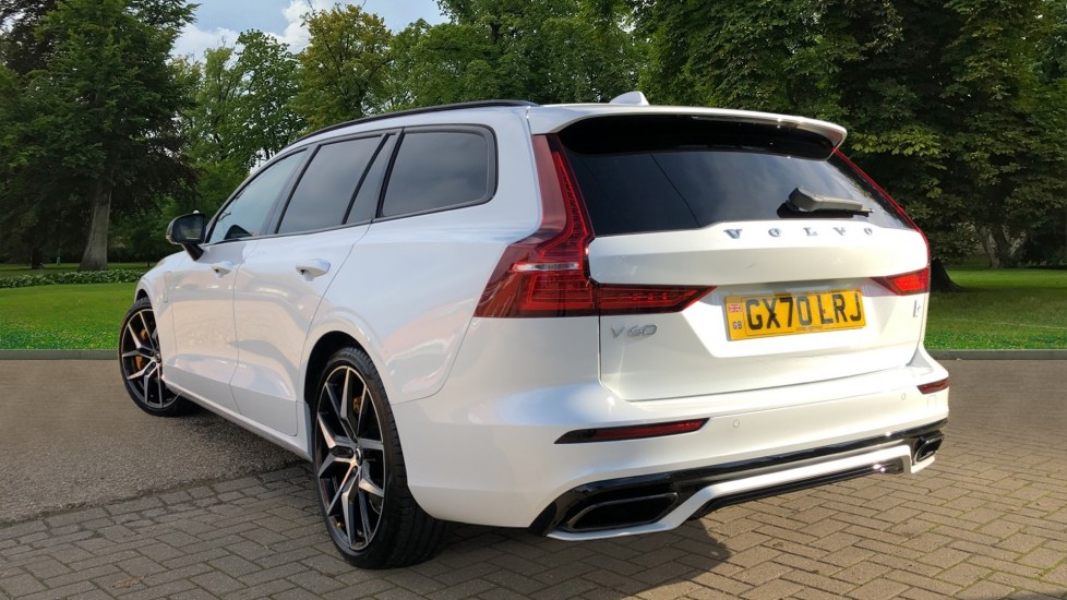 Volvo V60 T8 Hybrid Polestar Engineerd AWD Auto, Nav, Harman Kardon, Keyless Drive, Heated Screen image 4