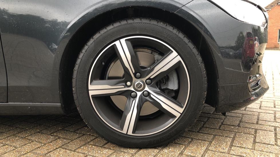 Volvo V90 D5 PowerPulse R Design AWD Auto, Nav, Adaptive Cruise, Front & Rear Sensors, DAB Radio image 18