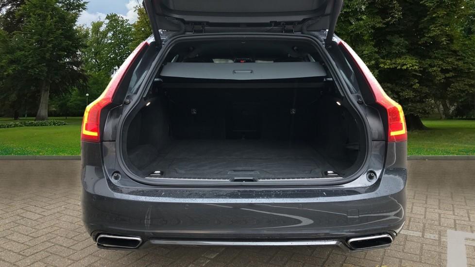 Volvo V90 D5 PowerPulse R Design AWD Auto, Nav, Adaptive Cruise, Front & Rear Sensors, DAB Radio image 4