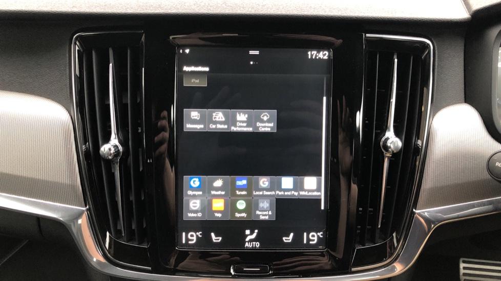 Volvo V90 D5 PowerPulse R Design AWD Auto, Nav, Adaptive Cruise, Front & Rear Sensors, DAB Radio image 21