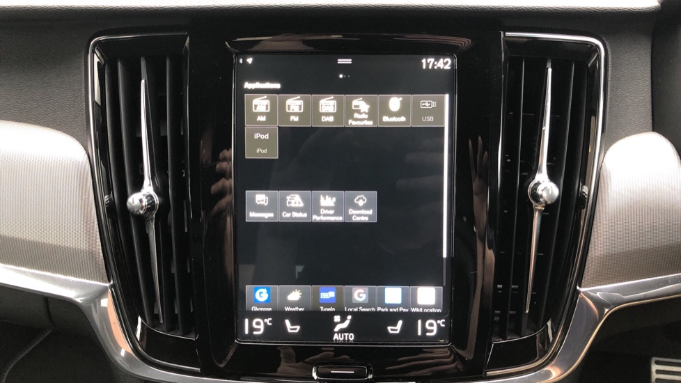 Volvo V90 D5 PowerPulse R Design AWD Auto, Nav, Adaptive Cruise, Front & Rear Sensors, DAB Radio image 22